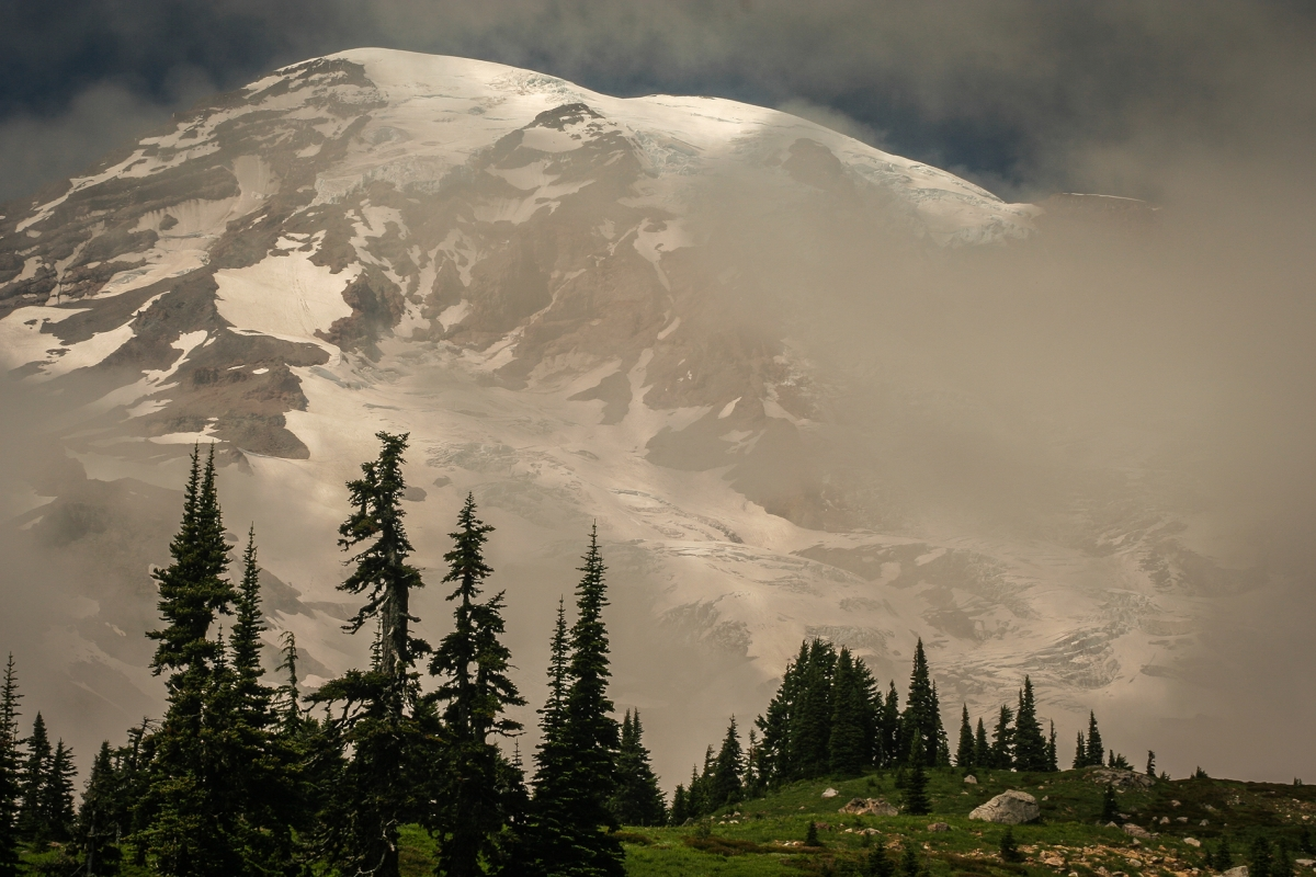 Mt Rainier Emerges